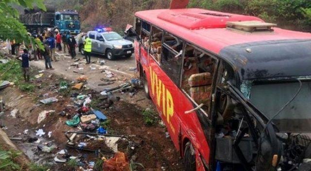 Gana'da otobüs kazası: 60 ölü