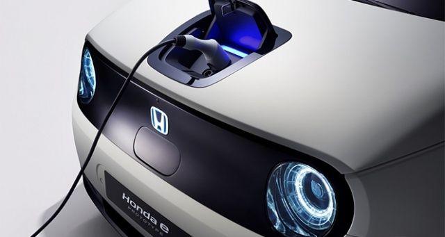 Honda, Cenevre'de elektrikli otomobile geçiş sürecini hızlandırdığını açıkladı