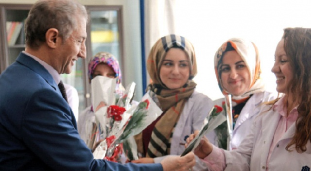 İhlas Koleji'nde  Kadınlar  Günü kutlandı