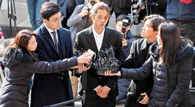 K-Pop şarkıcıları, fuhuş ve uyuşturucu skandalına karıştı