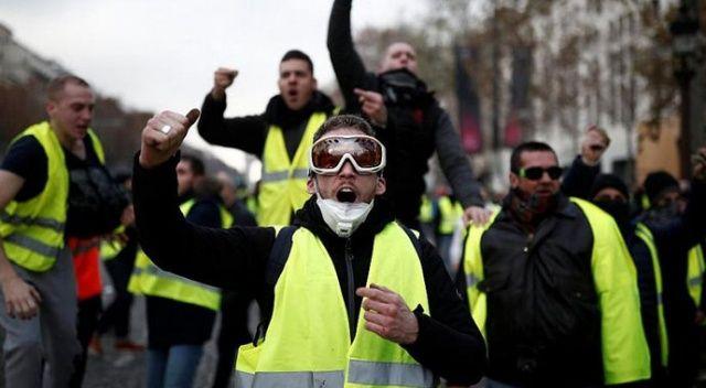 Sarı Yeleklilere Champs-Elysees'de protesto yasağı