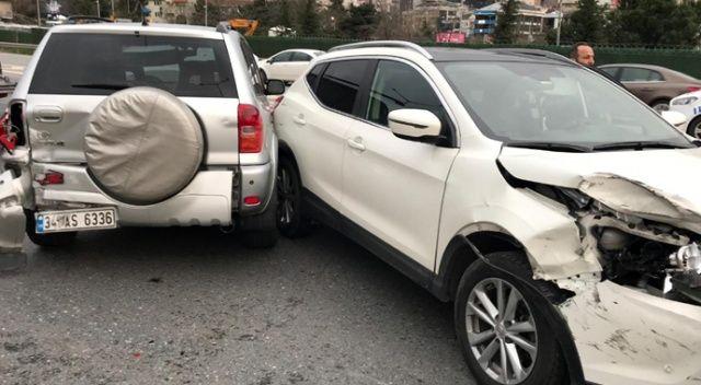TEM otoyolunda 4 araç birbirine girdi: 1 yaralı