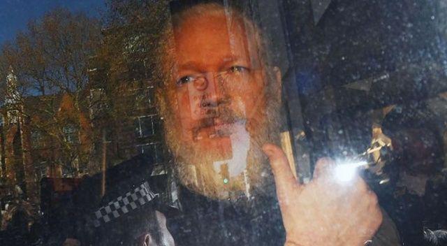 'Assange, büyükelçiliği casusluk merkezi olarak kullanmaya çalıştı'