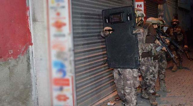 Adana merkezli 4 ilde torbacı operasyonu: 600 polis katıldı