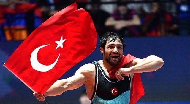 Avrupa Güreş Şampiyonası'nda Atakan Yüksel, altın madalya kazandı