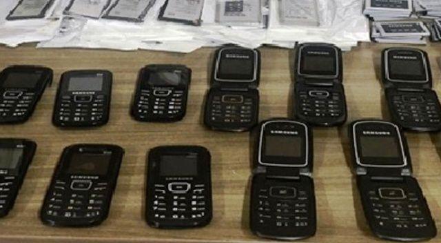 Aydın'da kaçak cep telefonu operasyonu: 3 gözaltı