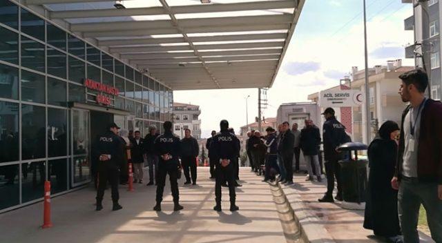 Cezaevi önünde toplanan göstericilere polis müdahalesi: 12 gözaltı