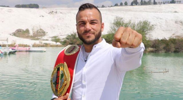 Erdoğan'ın boksörü Şükrü Altay'dan dünyaya mesaj: Muhammed Ali'yim