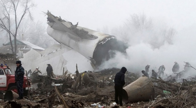 Kırgızistan'da düşen Türk kargo uçağının soruşturması yeniden başlatıldı