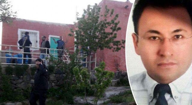 Arkadaşını 43 bıçak darbesiyle öldürdü 'hırsız yaptı' dedi