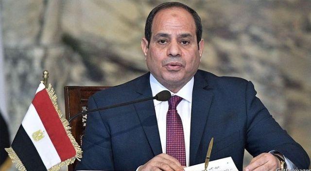 BAE Veliaht Prensi, Mısır Cumhurbaşkanı Sisi ile görüştü