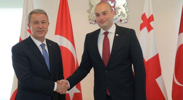 Bakan Akar, Gürcistan Başbakanı Bakhtadze ile bir araya geldi
