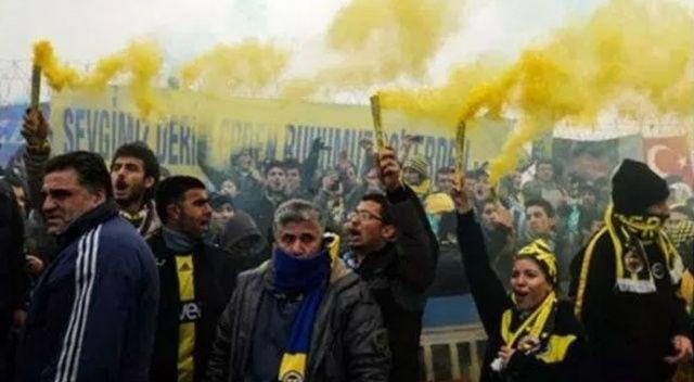 Fenerbahçeli taraftarlar Kumpas Davası için Silivri'de