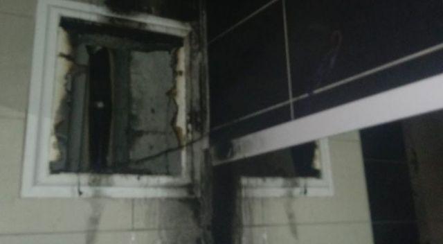 Havalandırma boşluğunda çıkan yangın paniğe yol açtı