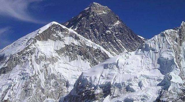 Nepal'de 2 dağcı öldü, 1 dağcı kayboldu