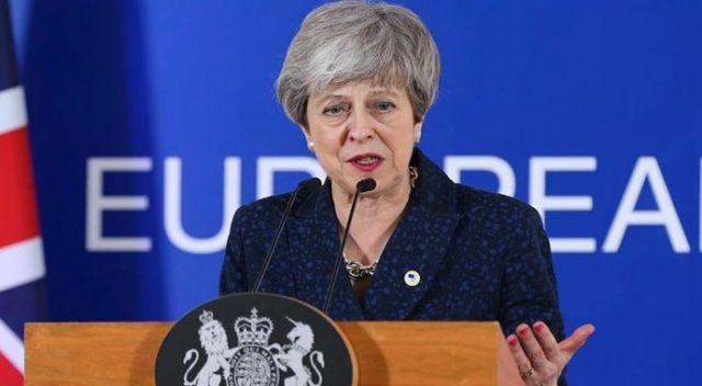 Theresa May'den Brexit'te 'son şans' uyarısı