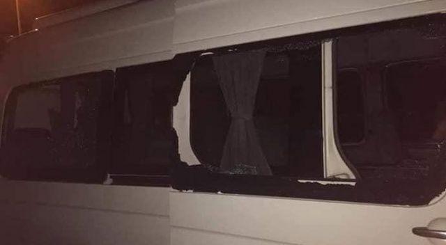 Trabzonspor taraftarını taşıyan konvoya taşlı saldırı