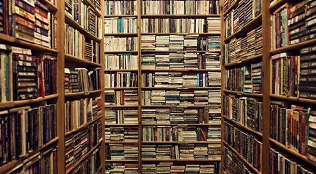 Yüz bin kişiye  0,9 kitapçı düşüyor