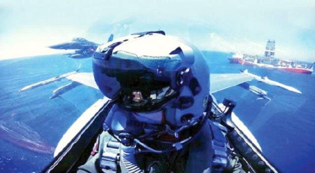 F-16'dan Yavuz'a selam