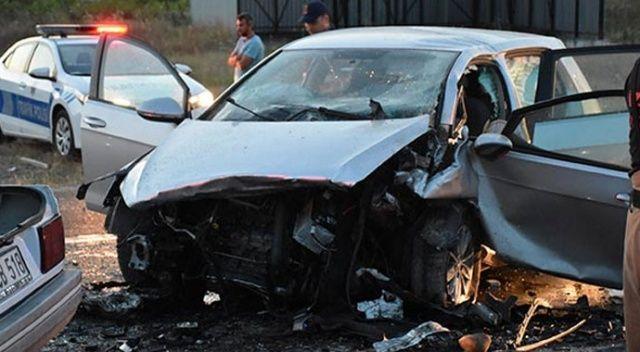 İzmir'de feci kaza! 3 kişi hayatını kaybetti