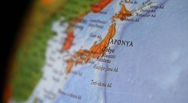 Japonya'da polise bıçaklı saldırı