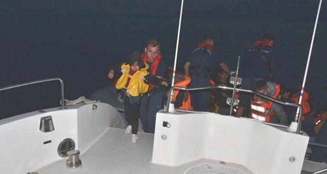 Kuşadası Körfezi'nde 15'i çocuk 40 kaçak göçmen yakalandı
