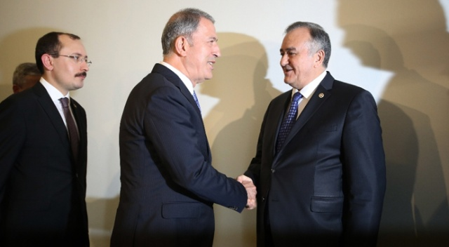 Milli Savunma Bakanı Akar, MHP Grup Başkanvekili Akçay ile görüştü