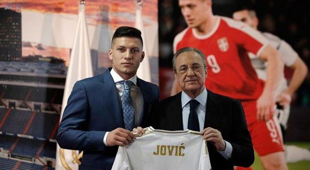 Real Madrid Jovic'i tanıttı