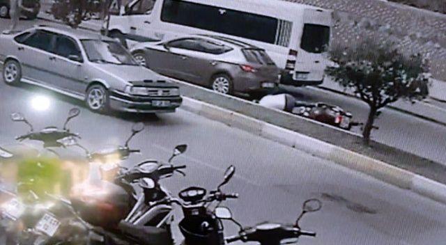 Yaya geçidinde bekleyen otomobile motosikletiyle arkadan çarptı: 1 yaralı