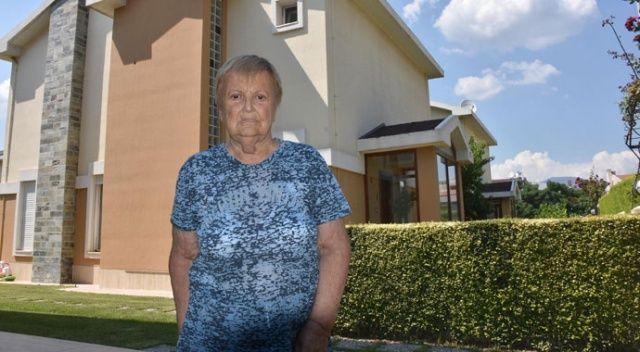 70 yaşındaki kadını FETÖ ile korkuttular, milyonlarca liralık mal varlığını böyle aldılar