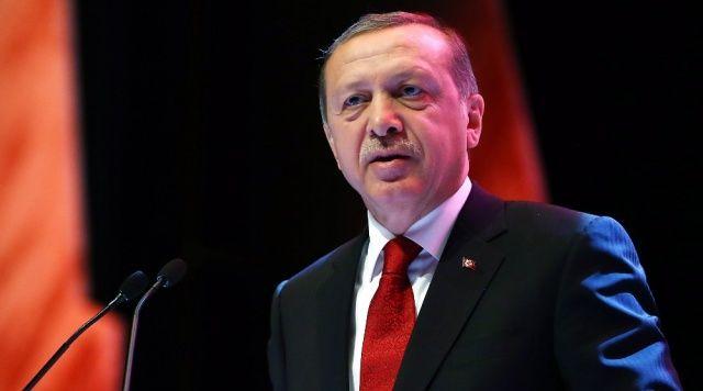 Cumhurbaşkanı Erdoğan Atatürk Havalimanı'nda düzenlenen anma etkinliğinde konuştu