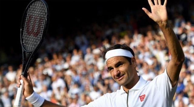 Federer yarı finalde