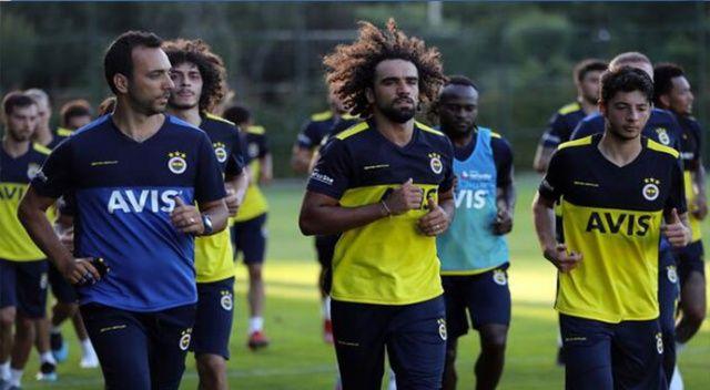 Fenerbahçe'nin Avusturya kamp kadrosu belli oldu