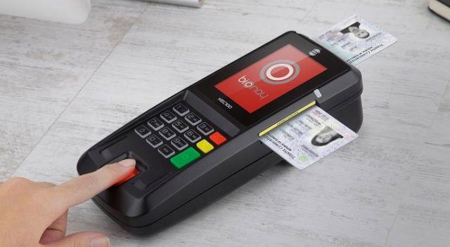 Kimlikler kredi kartı oluyor