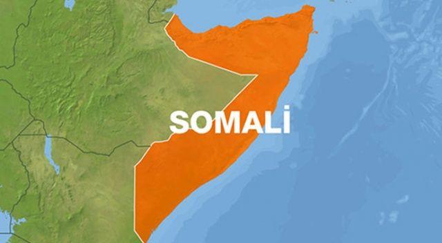 Somali'de otele bombalı araçla saldırı