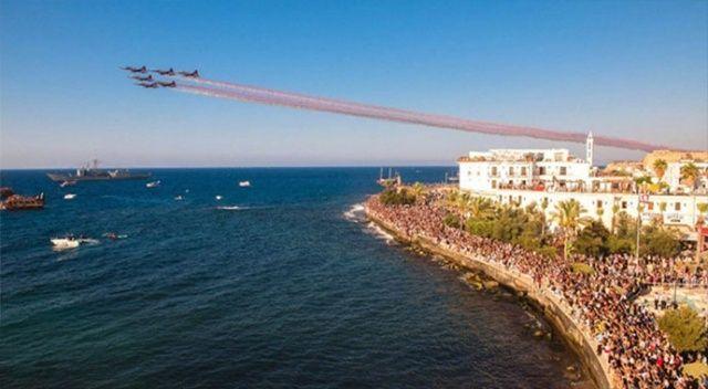 Türk Yıldızları'ndan Kıbrıs'ta 45'nci yıl gösterisi