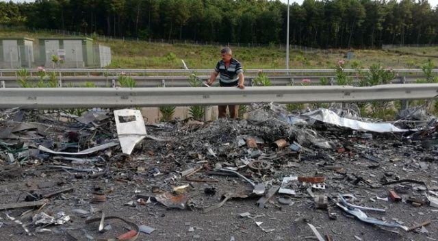 Üçüncü Köprü yolunda devrilen kamyon trafiği durdurdu