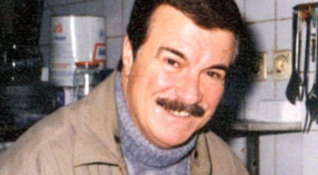 Yeşilçam'ın ünlü isimlerinden Yalçın Gülhan hayatını kaybetti
