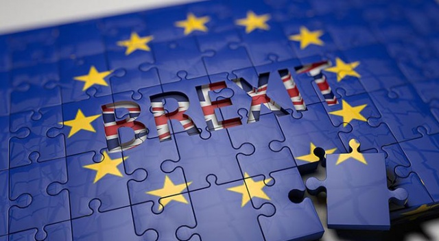 AB: Anlaşmasız Brexit'ten en çok İngiltere zarar görecek