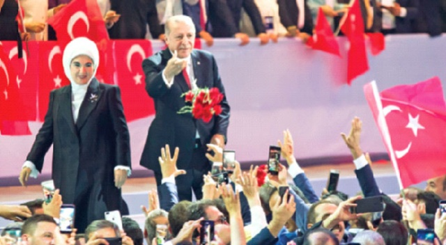 AK Parti 18. yılını kutluyor, yenilenerek yola devam...