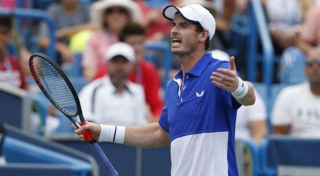 Andy Murray mağlubiyetle döndü