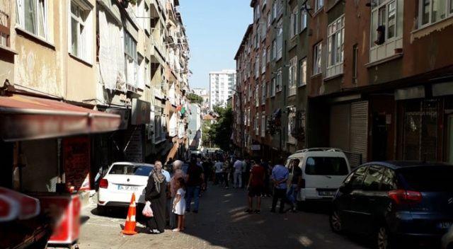 Bağcılar'da yıkılma tehlikesi bulunan iki bina boşaltıldı