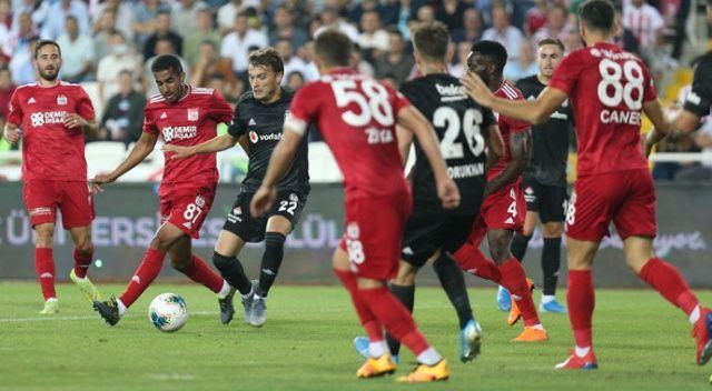 Beşiktaş, Sivas deplasmanında kayıp (Sivasspor 3-0 Beşiktaş)