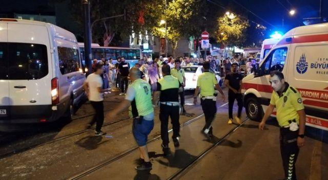 Fatih'te polis aracı ile otomobil çarpıştı: 1'i polis 7 yaralı
