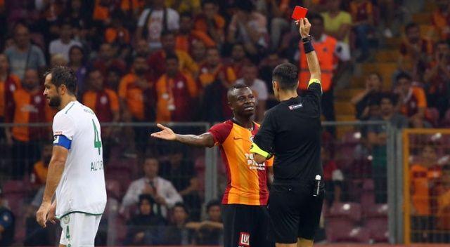 Galatasaray'a 2 haftada 2 kırmızı kart
