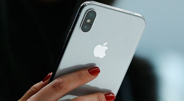 iPhone'larda üçüncü parti batarya kullanımı yazılımla engellenecek