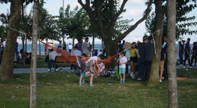 İstanbullular bayramın ilk günü sahillere akın etti