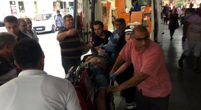 Kontrolden çıkan otomobil refüje çarptı: 2 ölü, 2 yaralı