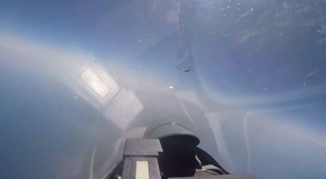 NATO uçağı Rus kuvvetleri tarafından geri gönderildi