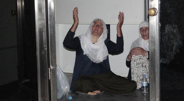 Oğlu dağa kaçırılan  anne HDP binasında  oturma eylemi başlattı